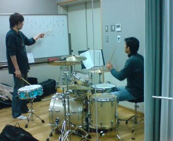 髙橋さん ドラム.jpg